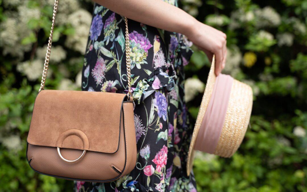 Flanieren entlang der Terrassen, mit diesen tollen Taschen!